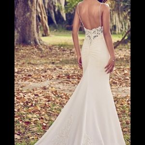Maggie Sottero Dresses - Maggie Sotero size 8 wedding dress zoey